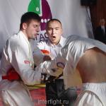 26-11-04_fight28_b