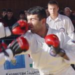 26-11-04_fight29_b