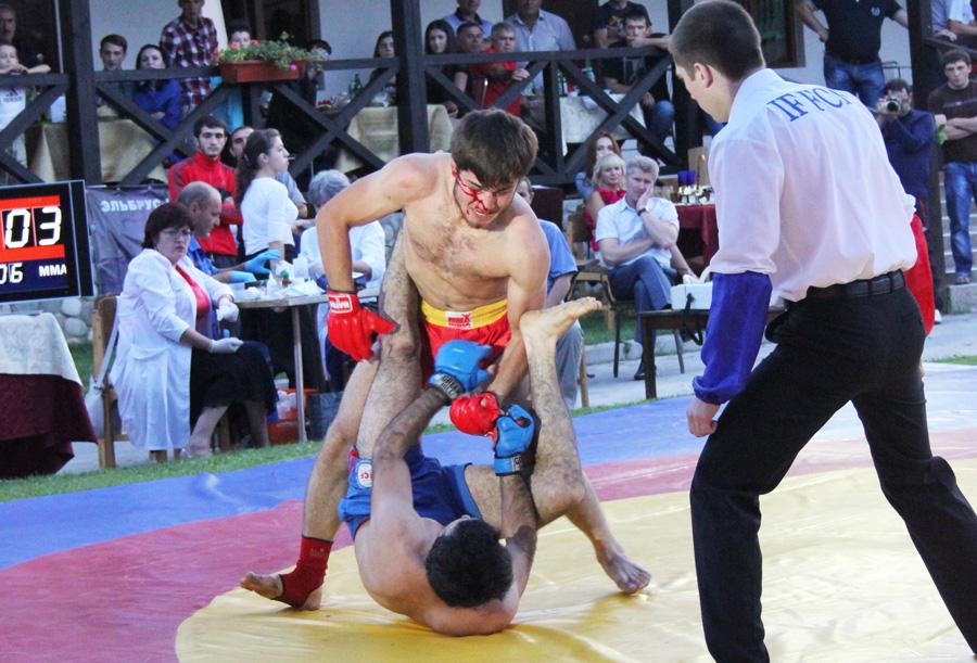 Чемпионат Евразии среди профессионалов по полноконтактному рукопашному бою FCF-MMA.