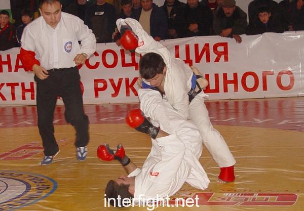 26-11-04_fight20_b