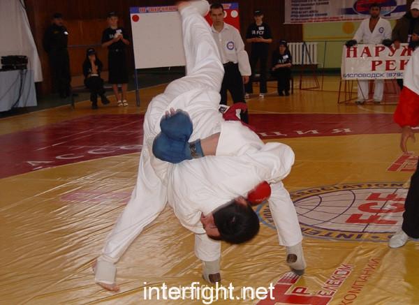 26-11-04_fight26_b