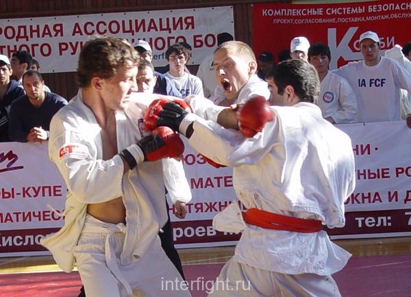 26-11-04_fight32_b