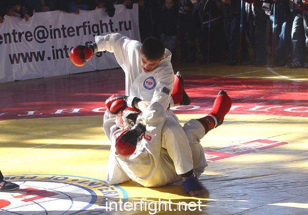 26-11-04_fight7_b