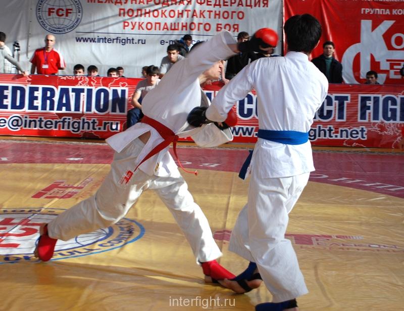 008_fighting