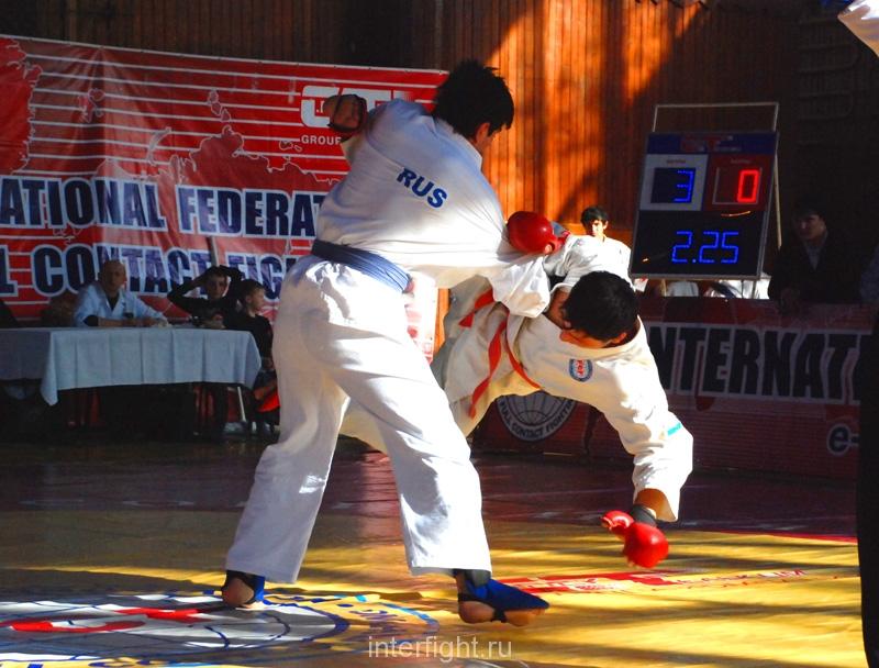 013_fighting