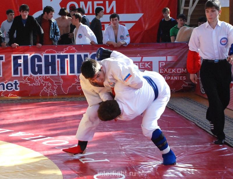 014_fighting