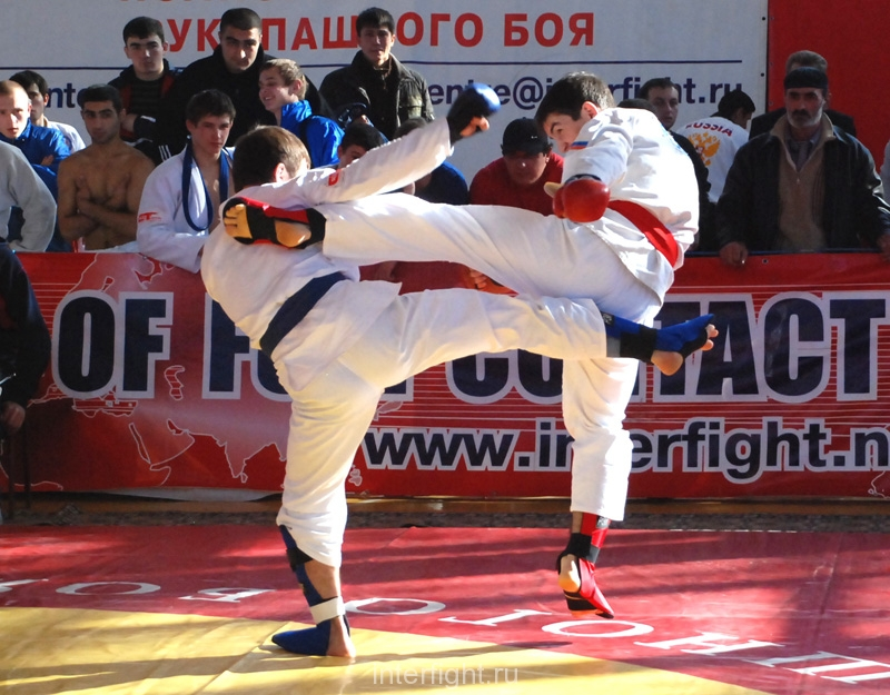 015_fighting