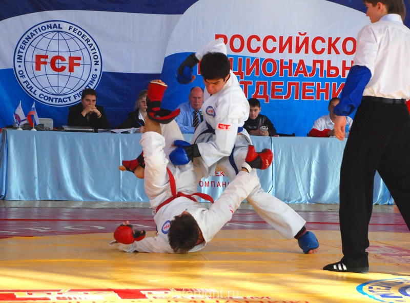 019_fighting