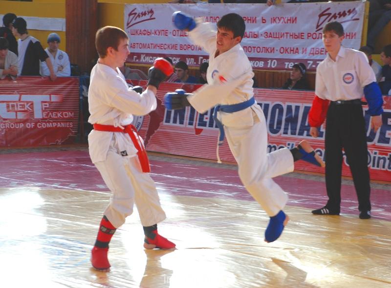 032_fighting