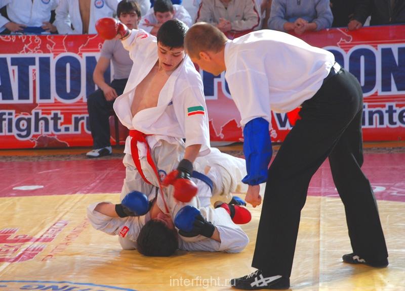 033_fighting