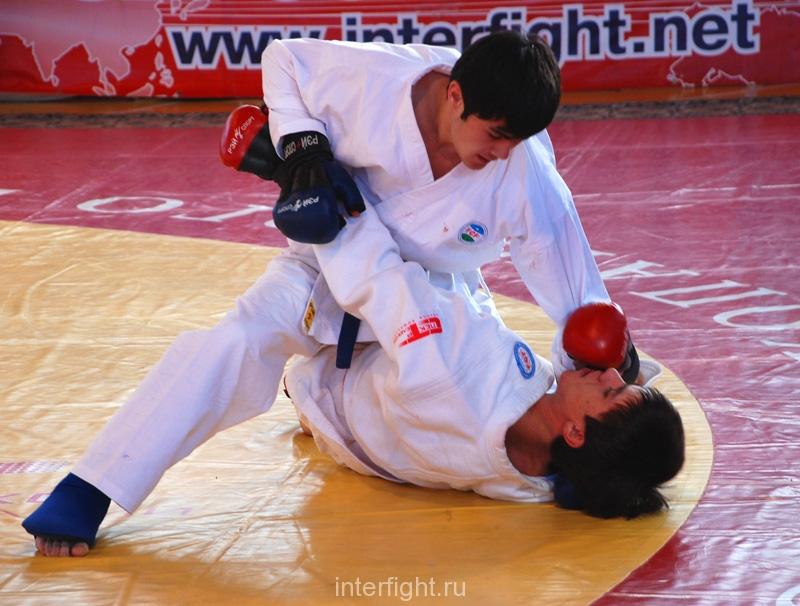 035_fighting