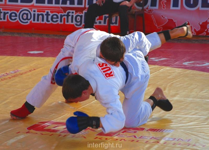 036_fighting