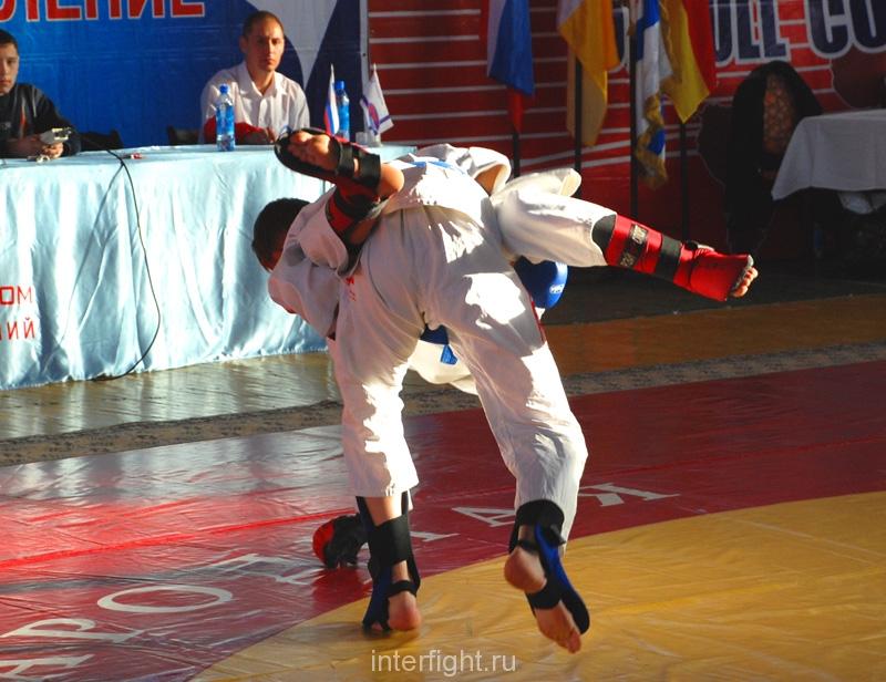 039_fighting